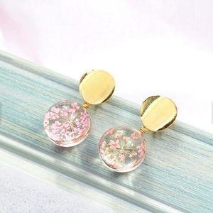 Dried Flower Cabochan Earrings